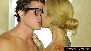 glorious inked ash-blonde masseuse gets penetrated by her customer