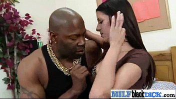 Sex Between Big Black Cock And Hot Mature Lady (hailey murphy) movie-12