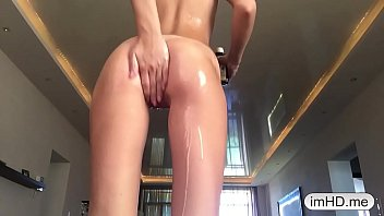 Beautiful Teen Fisting on Webcam imhd.me