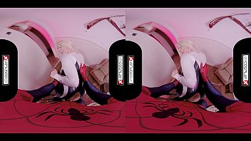 VRCosplayX.com Spider Gwen Blowing Your Mind With Her Mouth And Pussy VRPorn