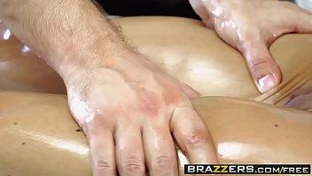 brazzers - sloppy massagist - love buttons jade.