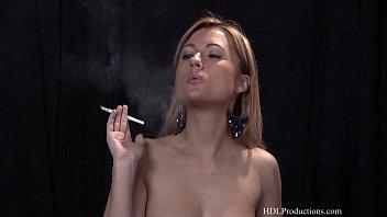 Ginger Lee - Smoking Fetish at Dragginladies