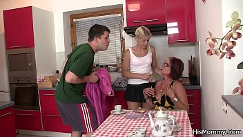 His mom teaching blonde teen toying