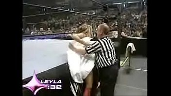 wwe raw july 4th 2005 - swimsuit boot.