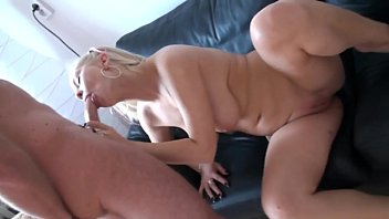 vrpussyvisioncom - blond get picked up and humped.
