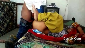 desi young village lover in bedroom fun