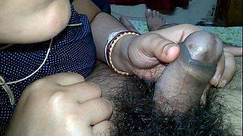 Indian Pinki Bhabhi kissing on husband Jeet'_s dick when handjob