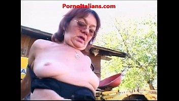 grannie cockslut drills man nonna troia.