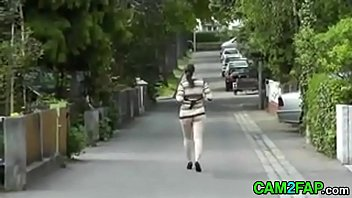 Ass Free Hidden Cam Flashing Porn Video