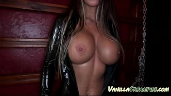 Babe With BigTits In Latex