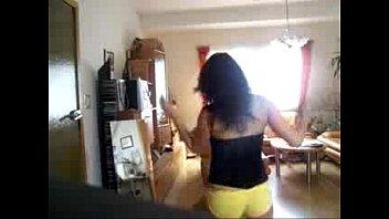Amateur Booty Shaking Babe - spankbang.org