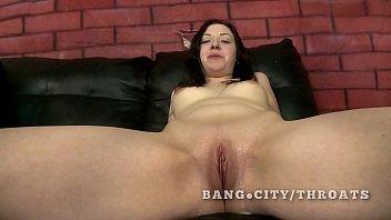 Latina babe extreme oral sex