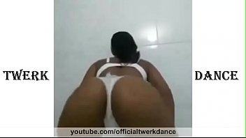 Big ass sexy beautiful girls twerking hard