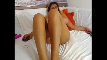 Huge tits milf nude live porn chat