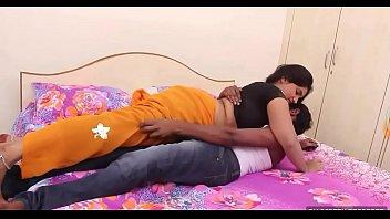 indian aunty latest romantic vid