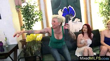 Interracial Sex With Black Cock Stud Banging Hot Milf (vixxxen hart) video-02