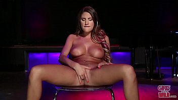 GIRLS GONE WILD - Curvaceous Babe Hailey Edwards Shows Off Her All Natural Double D Big Tits